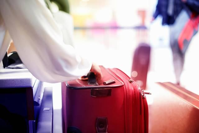 Αποτέλεσμα εικόνας για Fresh Relevance reveals consumer frustrations with travel marketing