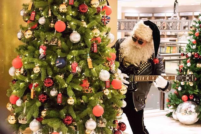 Clock: Best Christmas 2018